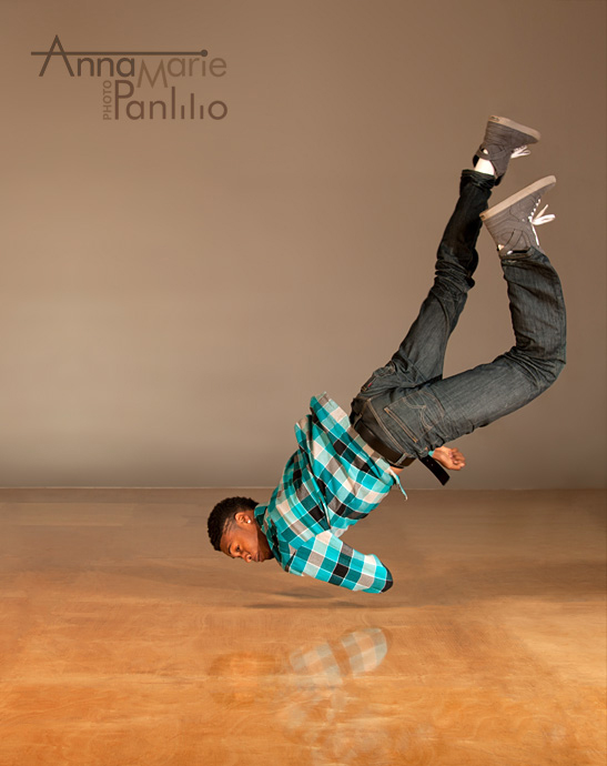 B-boy Kash upside down